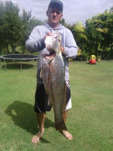 cabbage tree point store - fishing customer